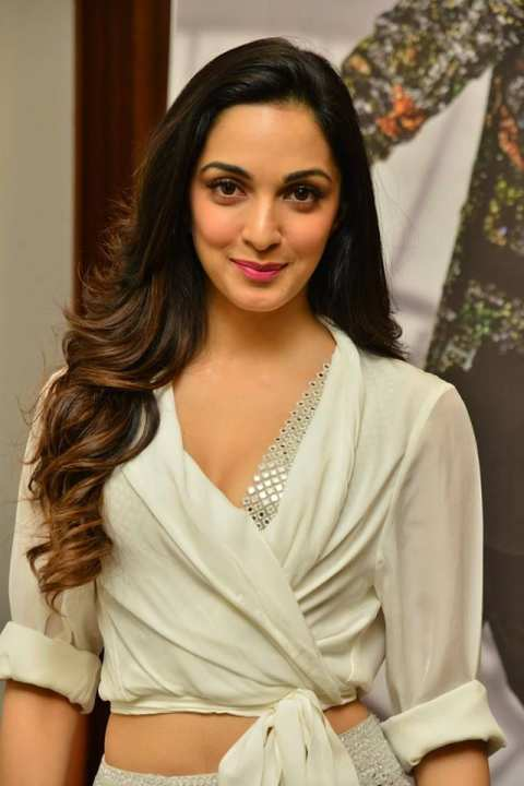 Kiara-Advani-will-be-seen-in-the-role-of-Sita-with-Prabhas